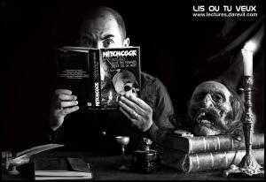 LIS DANS LE NOIR...