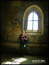 Lis à l'église
